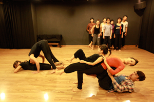 Candoco Dance Company, Choreographic Residency in Hanoi, Vietnam. Photo: © British Council Vienam