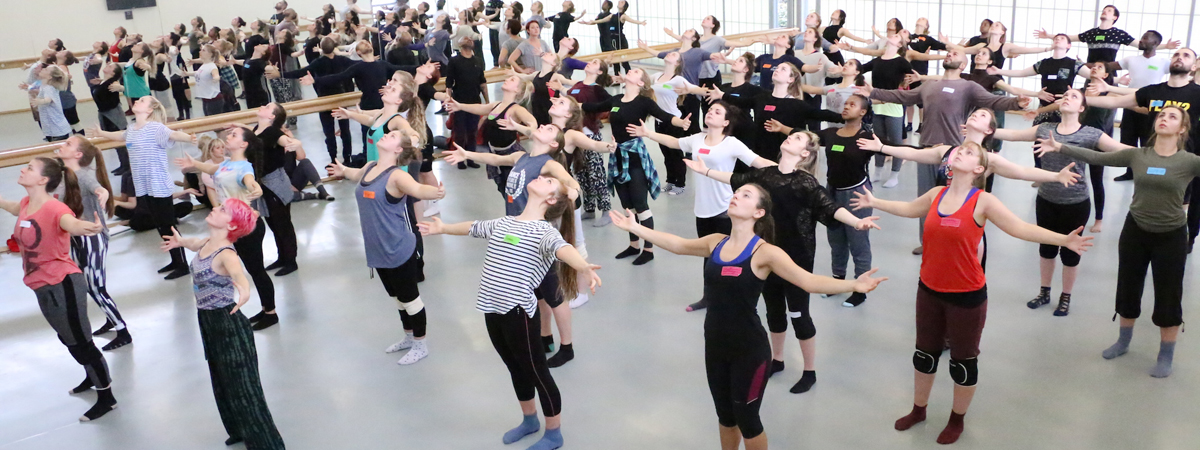Big Dance Pledge 2016 with students at the University of Roehampton. Photo Richard Parr